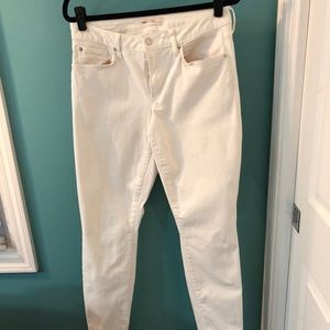 Gap Curvy Skinny 1969 White Jeans 31 LONG
